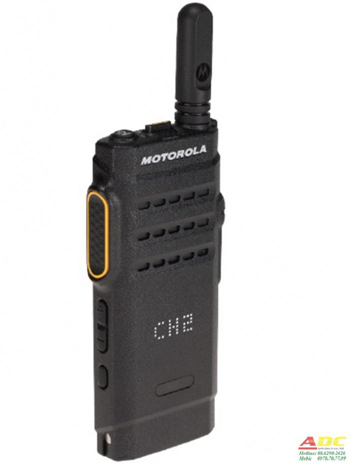 Máy bộ đàm kỹ thuật số Motorola MOTOTRBO XIR SL1M VHF